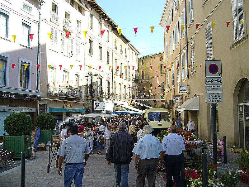 Marché dans Romans sur Isère