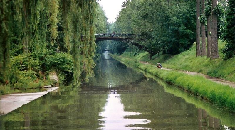 Canal de l'Ourcq dans la forêt de Sevran
