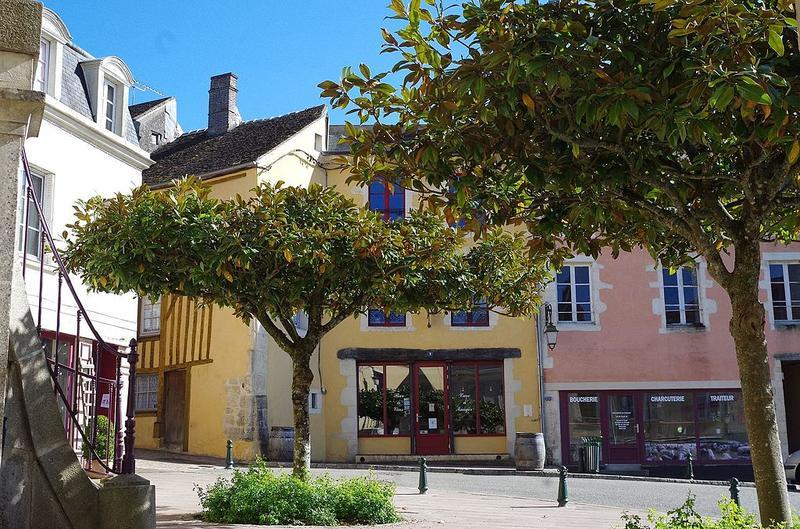 Place de la Mairie à Bellême