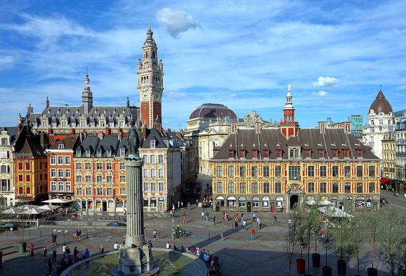 Place du Général-de-Gaulle à Lille, aussi appelé la Grand'Place