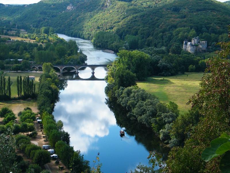 Vue panoramique sur la Dordogne