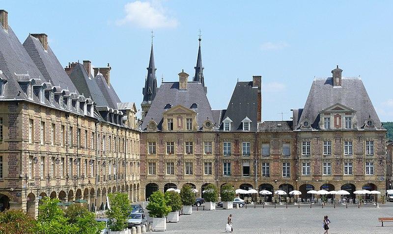 La place Ducale à Charleville-Mézières