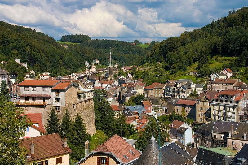 Panorama sur la ville de Plombières-les-Bains