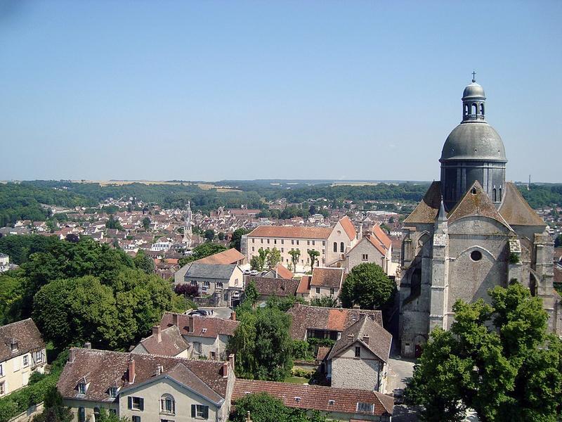 Vue panoramique sur la ville de Provins