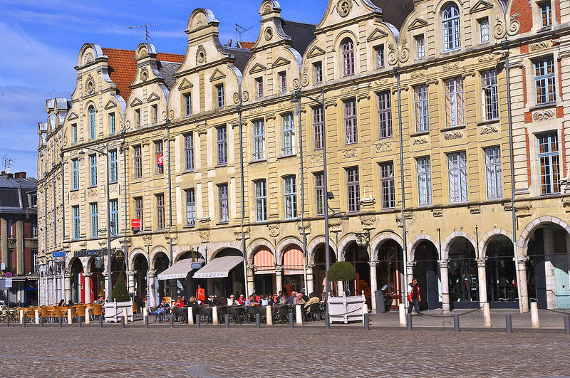 Place des Héros à Arras