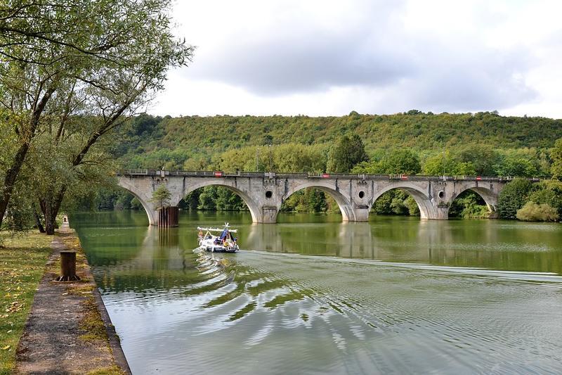 Pont traversant près de Liverdun