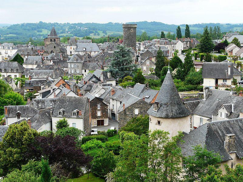 Vue panoramique de la ville d'Allassac