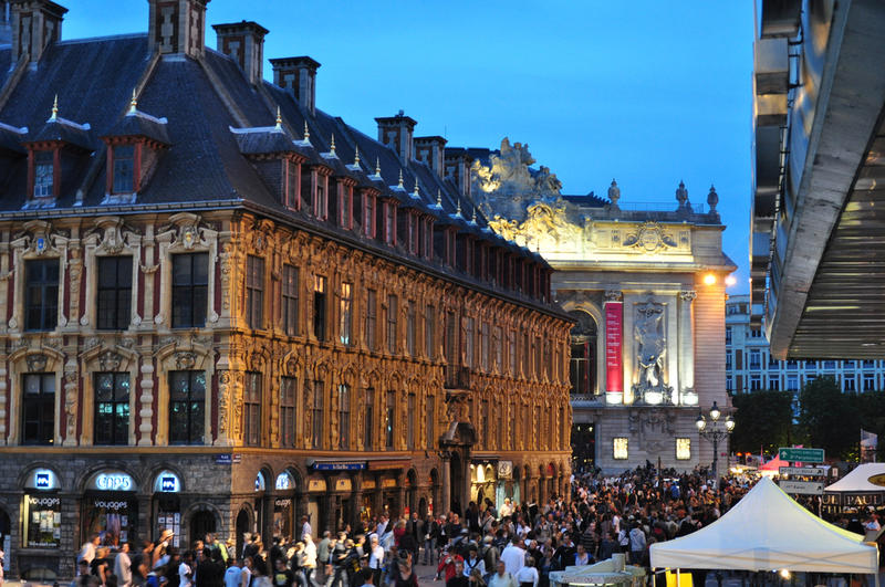 L'ancienne bourse, l'Opéra et la braderie de Lille